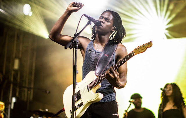 Attention To The Next-Generation R&B Singer Daniel Caesar