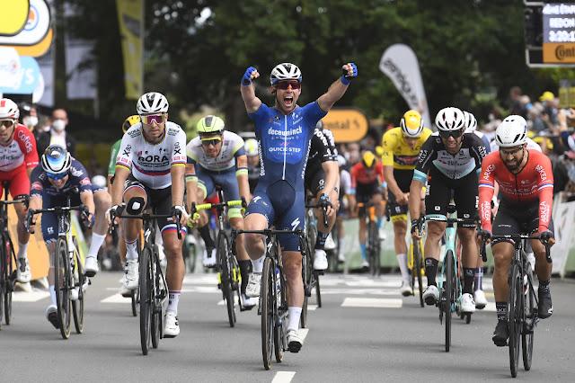 Mark Cavendish venceu uma prova do Tour de France pela 31ª vez na carreira