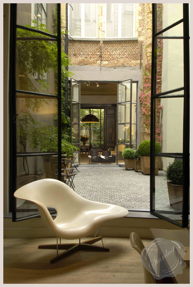 Gaston LaChaise Exceptional Modern Art Chair With Floating