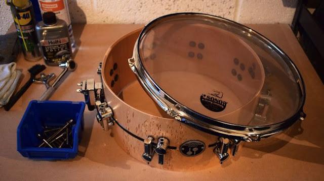 Снятие ободов и пластика с барабана