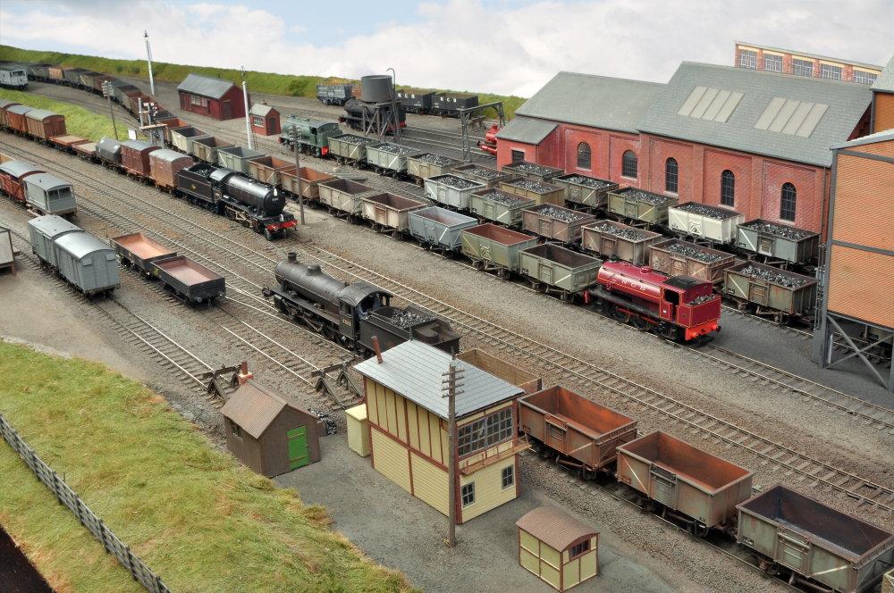 Geoff Tyler Railway Modeller Farnham And District Model