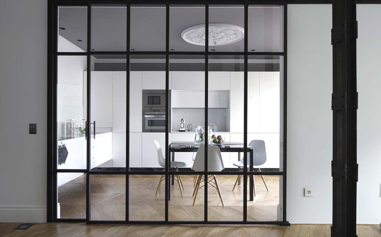 Elegantemente cerrada elegantemente abierta ministry of - Cerramientos de cristal para cocinas ...