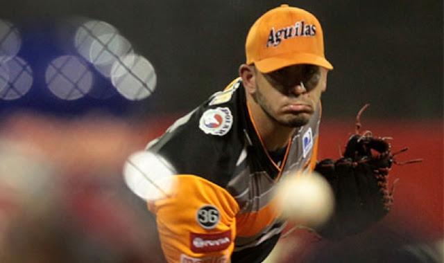 El lanzador cubano va, además segundo en promedio de carreras limpias en el campeonato