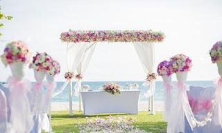 Fiori e petali matrimonio