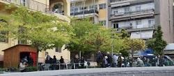 Η Κοζάνη θυμίζει πλέον τοπίο δυστοπικής ταινίας καθώς είναι πόλη «no man's land»: Κανείς δεν μπαίνει και κανείς δεν βγαίνει.Από τις 06:...