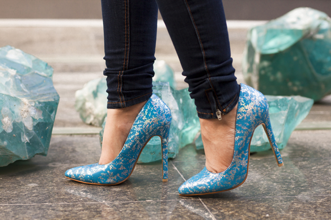 amiclubwear blue stilettos