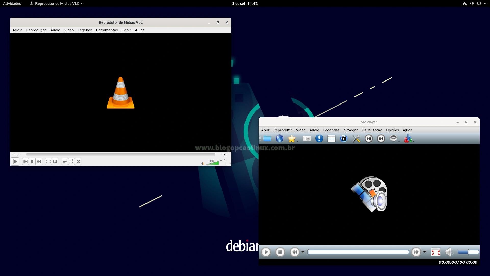 VLC Media Player e SMPlayer executando no Debian 11 Bullseye