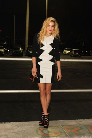 Hollywood and Fashion Style Stars - Best Dressed 12/8/2012