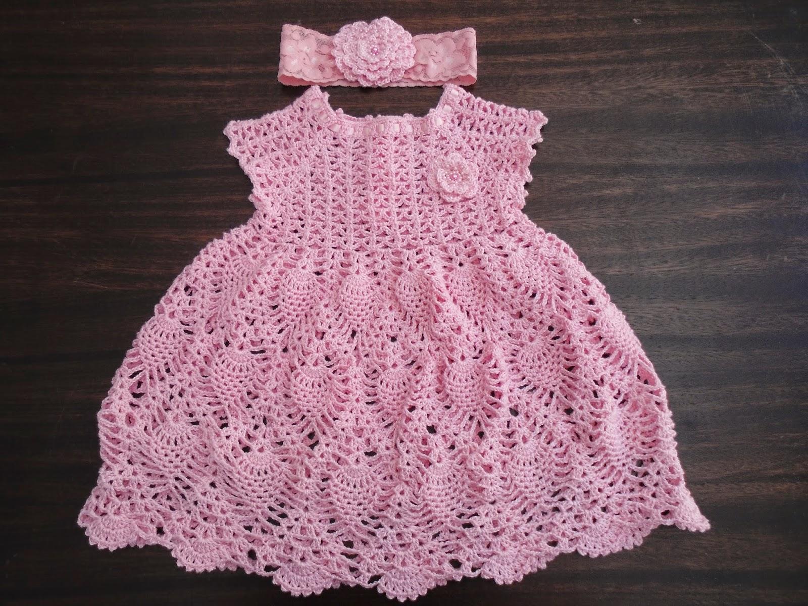61858be233 Vestidinho em crochê - Gráfico