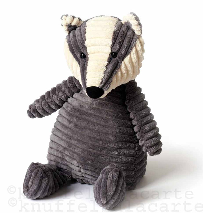knuffeldas badger soft toy