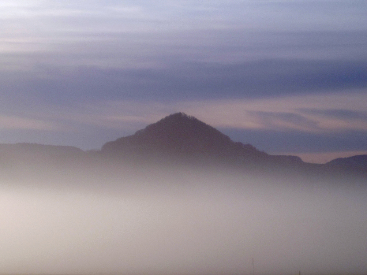 #259 Color-Minotar f2.8 35mm - Achalm im Nebel
