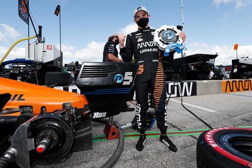 Rosenqvist tiene un solo triunfo en lo que va del año: la segunda carrera que se disputó en Mind Ohio. El sueco se ubica sexto en el campeonato