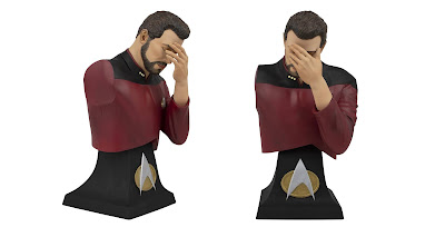 "San Diego Comic-Con 2020 Exclusive Star Trek The Next Generation Commander William Riker ""Facepalm"" Mini Bust Paperweight by Icon Heroes"