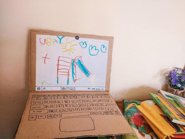 kreasi laptop dari kardus untuk belajar anak paud