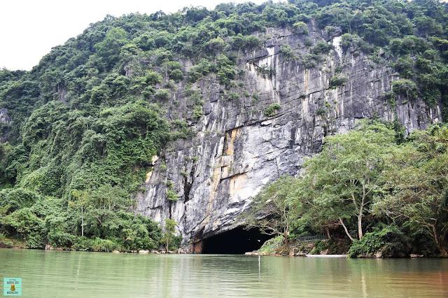 Entrada a la Phong Nha Cave