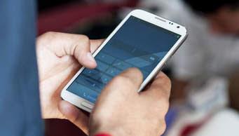 मोबाइल में ऑनलाइन TV कैसे देखें