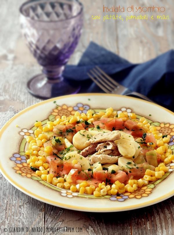 Insalata di sgombro con patate novelle, pomodori e mais