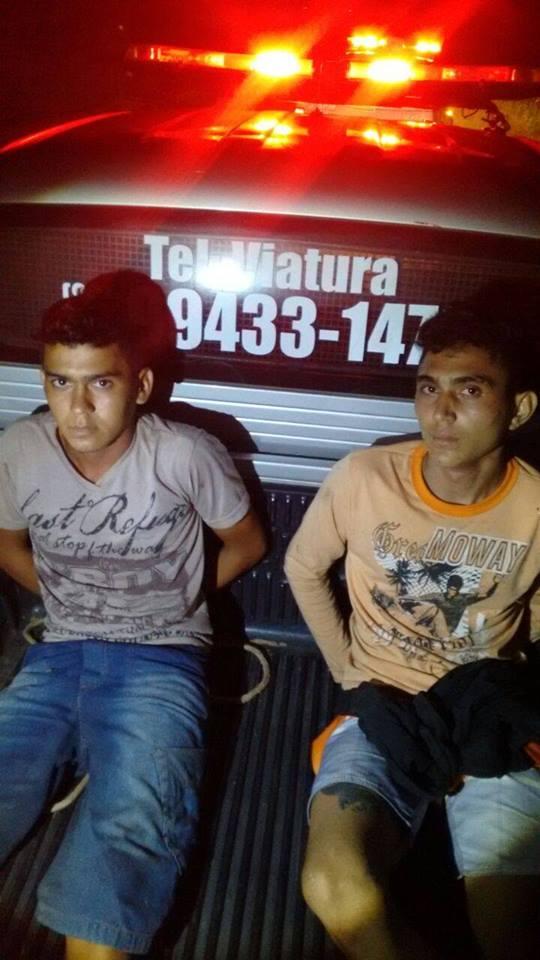 Graça-CE: Policia Militar prende dupla tentando vender moto roubada