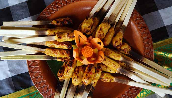 Makanan Khas Karangasem