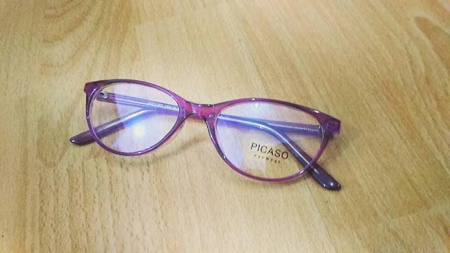 Kacamata gaya semarang