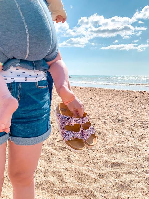 babybjorn porte bébé melogommette scholl plage vacances valise
