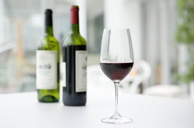 खुशखबरी !! लॉकडाउन तक हर हफ्ते 2 बोतल शराब फ्री | कोटा ख़त्म होने से पहले रजिस्टर करें