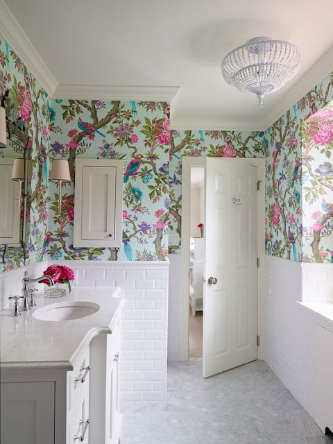wallpapae bathroom