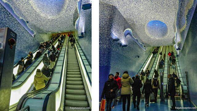 Estação Via Toledo do Metrô de Nápoles