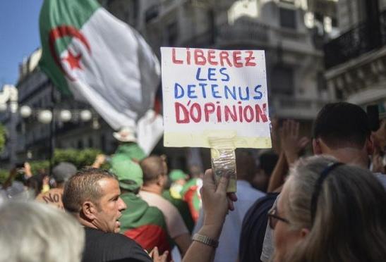 الجزائر: سجناء الرأي يتكاثرون ، والاستبداد ملك