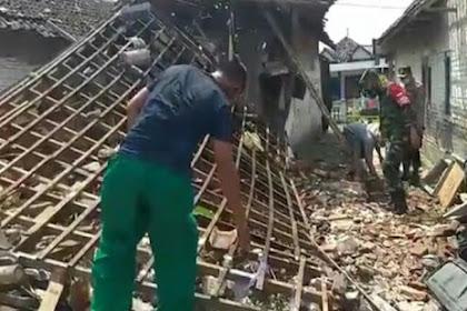 Akibat Petasan Meledak, 3 Rumah di Pasuruan Rusak Parah
