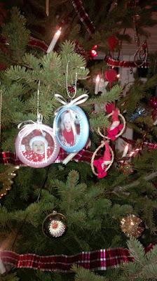 joulukuusen koristeet lasten kuvat