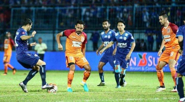 Pusamania Borneo FC vs Arema Cronus Imbang 2-2