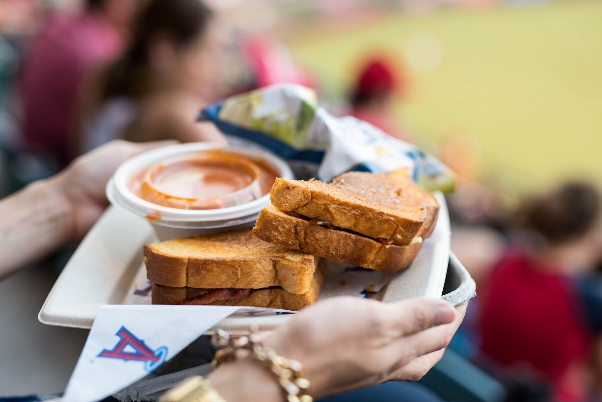 the big cheese, review, anaheim angels, food blogger, stadium blog, grilled cheese restaurant, bacon, tailgating food