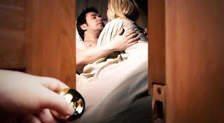 Hei Suami, Mau Selingkuh? Apa Ia Selingkuhanmu Bisa Sesabar Istrimu dalam Menghadapimu