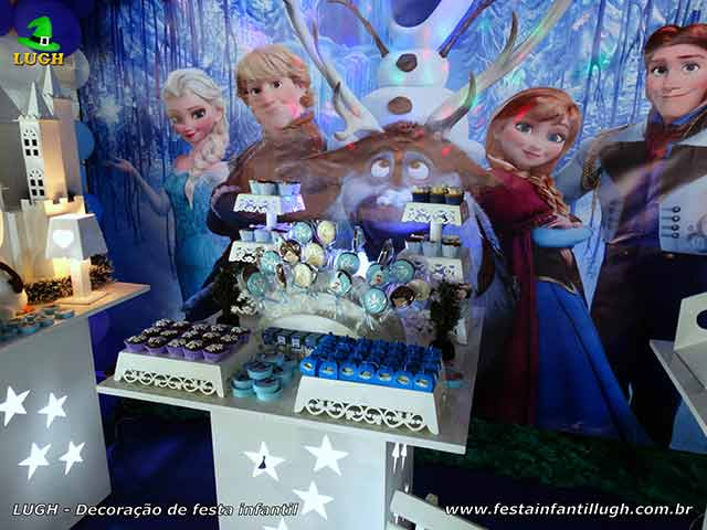 Decoração de festa infantil Frozen - Mesa de aniversário