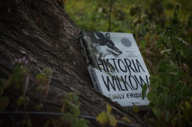 """Emily Fridlund - ,,Historia wilków"""" (recenzja)"""