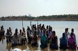 two-bjp-mla-on-strike-in-support-of-jal-satyagrahi