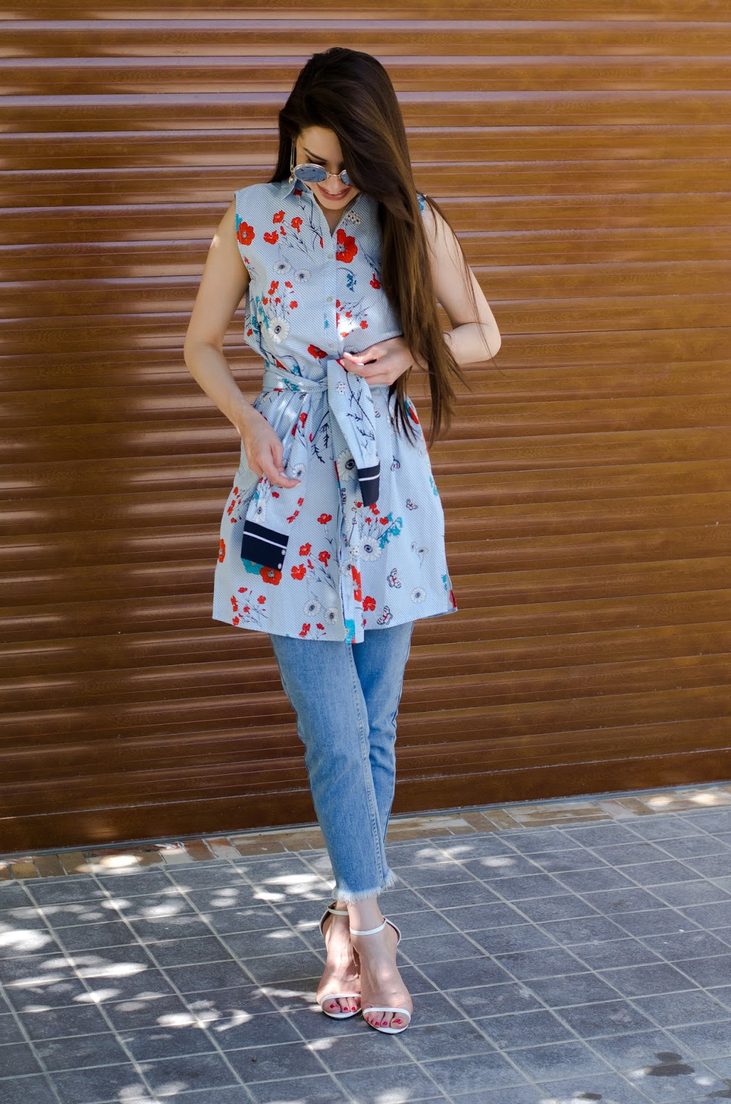 fashion blogger diyorasnotes diyora beta jeans lookoftheday shirt dress long shirt summer
