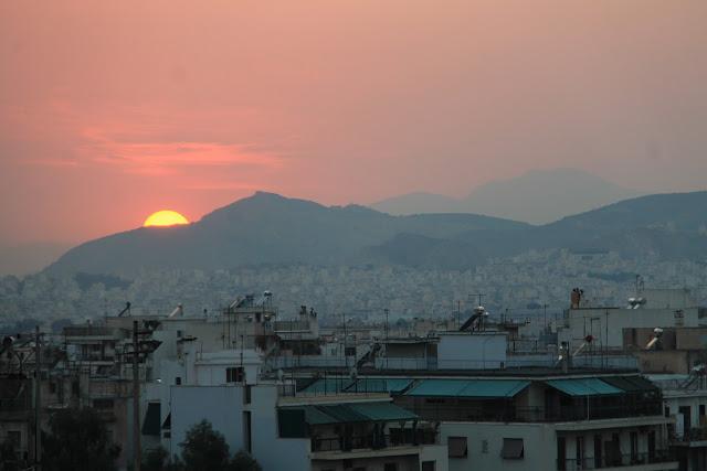 Auringonlasku Acropolikselta, Ateena - parisuhdematkalla ilman lapsia Kreikassa