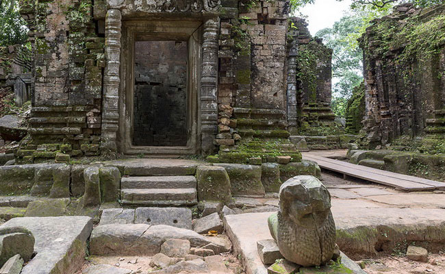 Xvlor Koh Ker is ruins of Khmer Empire capital built by King Jayavarman IV