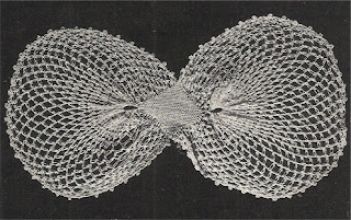 Vintage Round Bow Collar Crochet Pattern