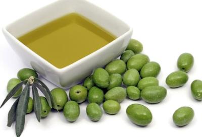 Khasiat Minyak Zaitun Extra Virgin Olive Oil Untuk Wanita Dan Pria Bagi kesehatan dan Kecantikan