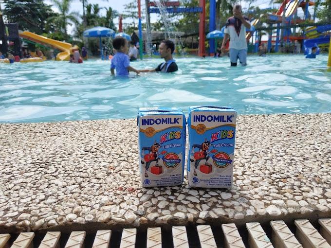 Serunya Mengajak Anak Berenang dan Jadi Aktif bersama Susu Indomilk UHT Kids Full Cream