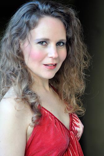 Christina Linhardt