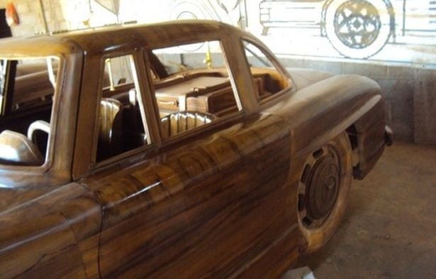 03-1955-Mercedes-Benz-300SL-Gullwing-in-Wood-www-designstack-co