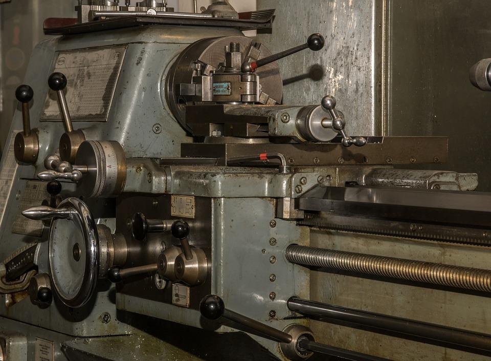 mesin pembuat baut baja ringan cara menggunakan bubut yang baik dan benar instansi jobs
