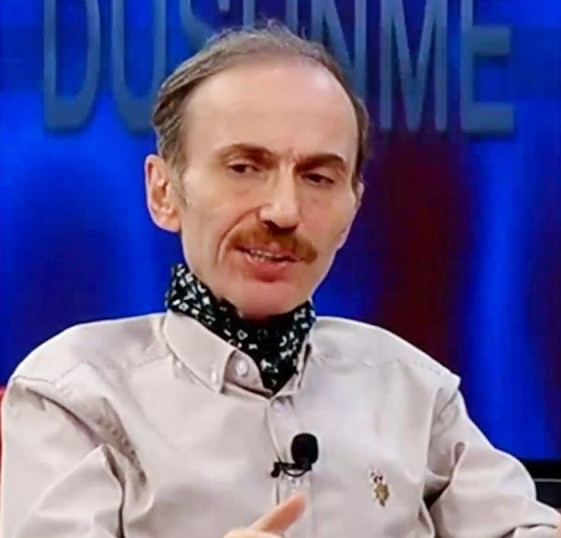 Prof. Dr. Niyazi Kahveci.