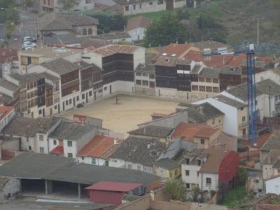 Vista de la Plaza del Coso desde el Castillo de Peñafiel