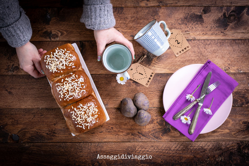 Pan brioche giapponese con le patate viola - Japanese purple sweet potato bread