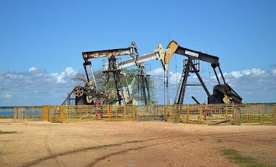makalah minyak bumi, makalah tentang minyak bumi, makalah kimia minyak bumi
